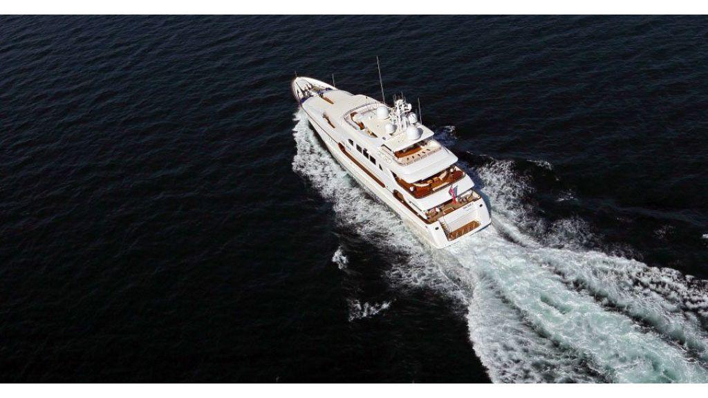 Dr no no Motor Yacht (3)
