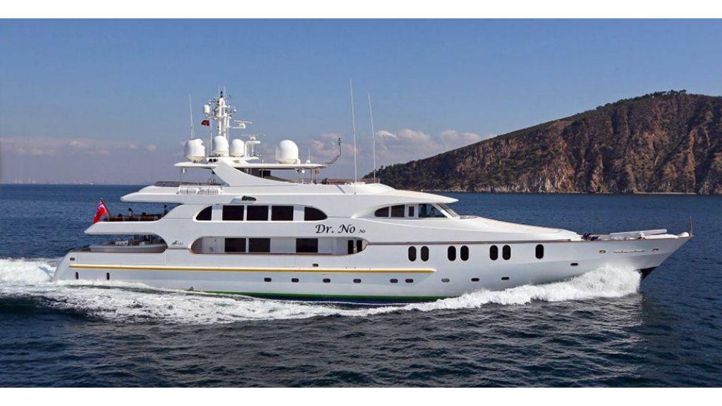 Dr no no Motor Yacht (4)