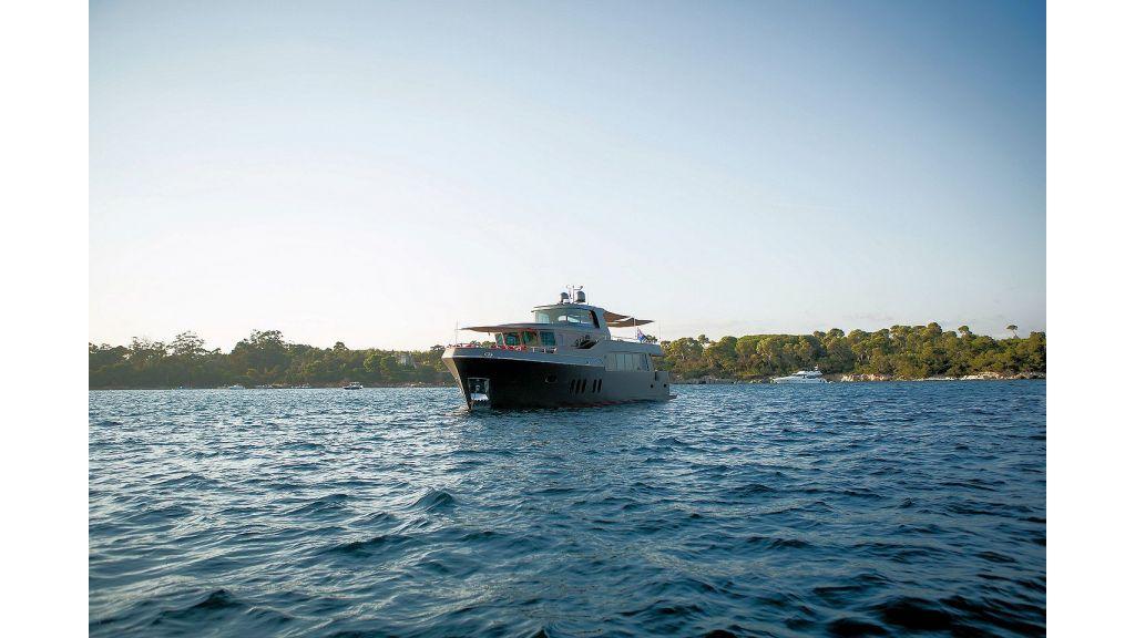 Trawler Style Motor Yacht (12)