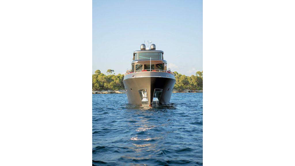 Trawler Style Motor Yacht (14)