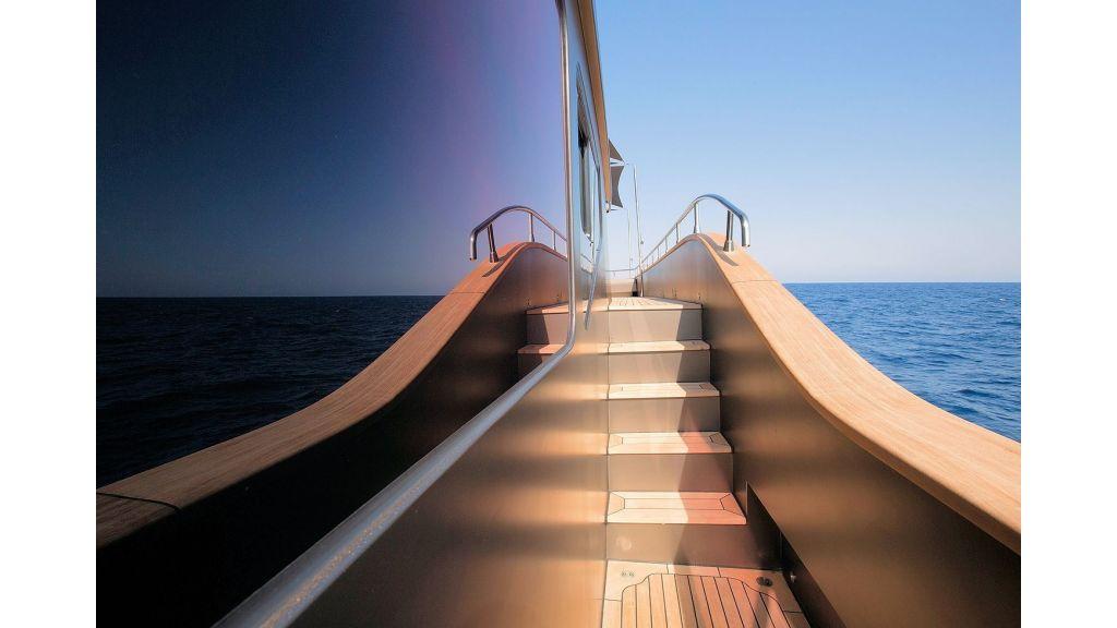 Trawler Style Motor Yacht (18)