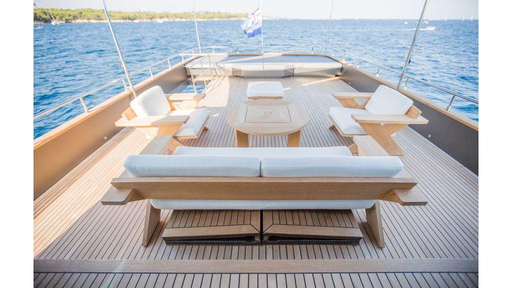 Trawler Style Motor Yacht (20)