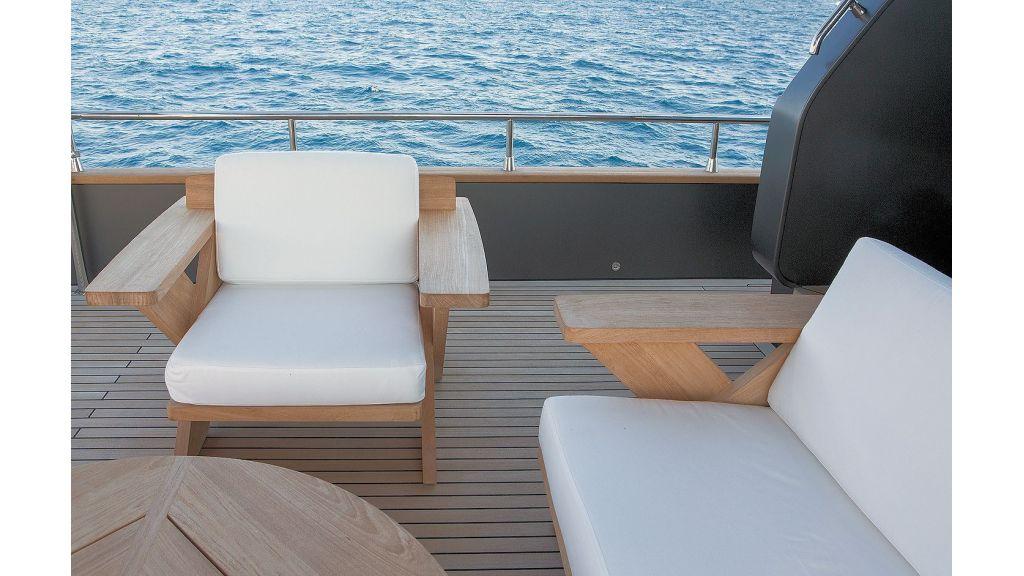 Trawler Style Motor Yacht (22)