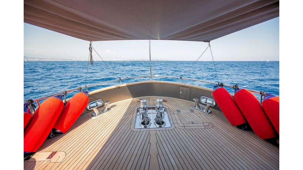 Trawler Style Motor Yacht (26)