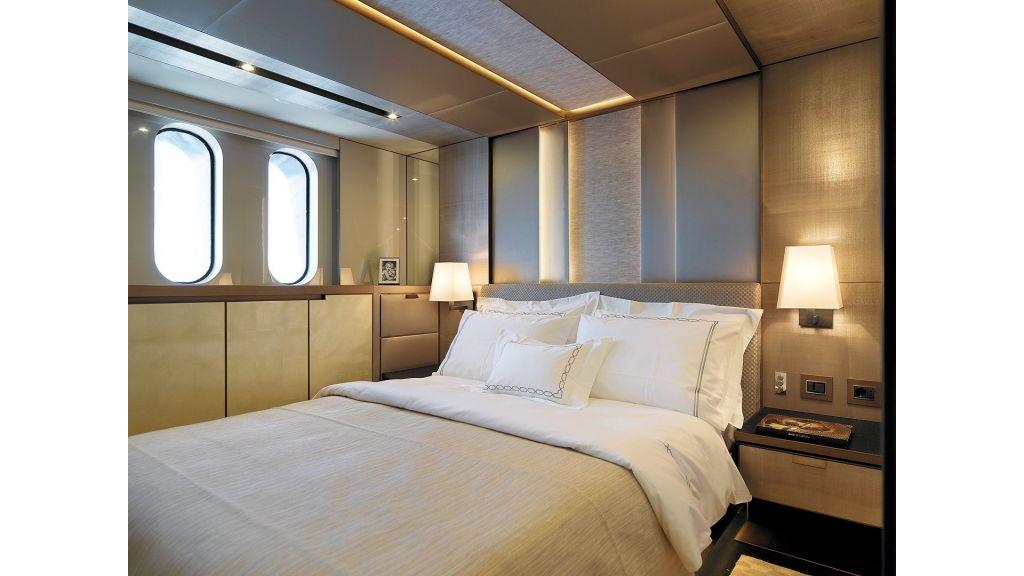 Trawler Style Motor Yacht (37)
