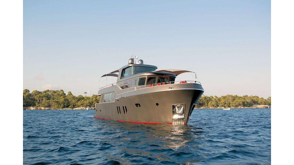 Trawler Style Motor Yacht (8) - master
