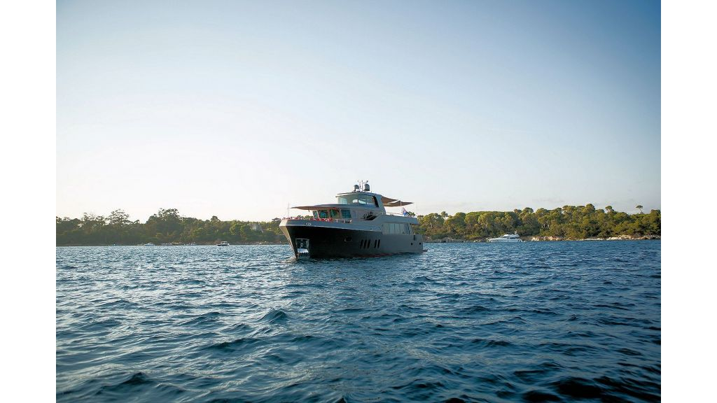 Motor Yacht Greystone (12)