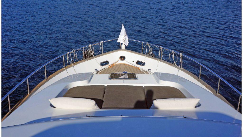 Sanlorenzo 72ft for charter (18)