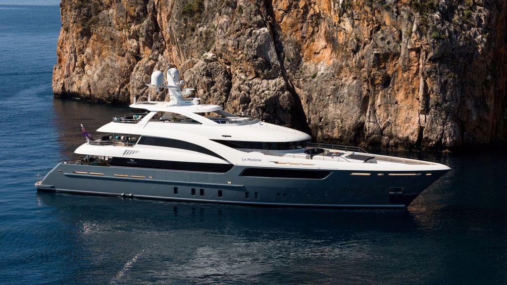 La Passion Motor Yacht (1)