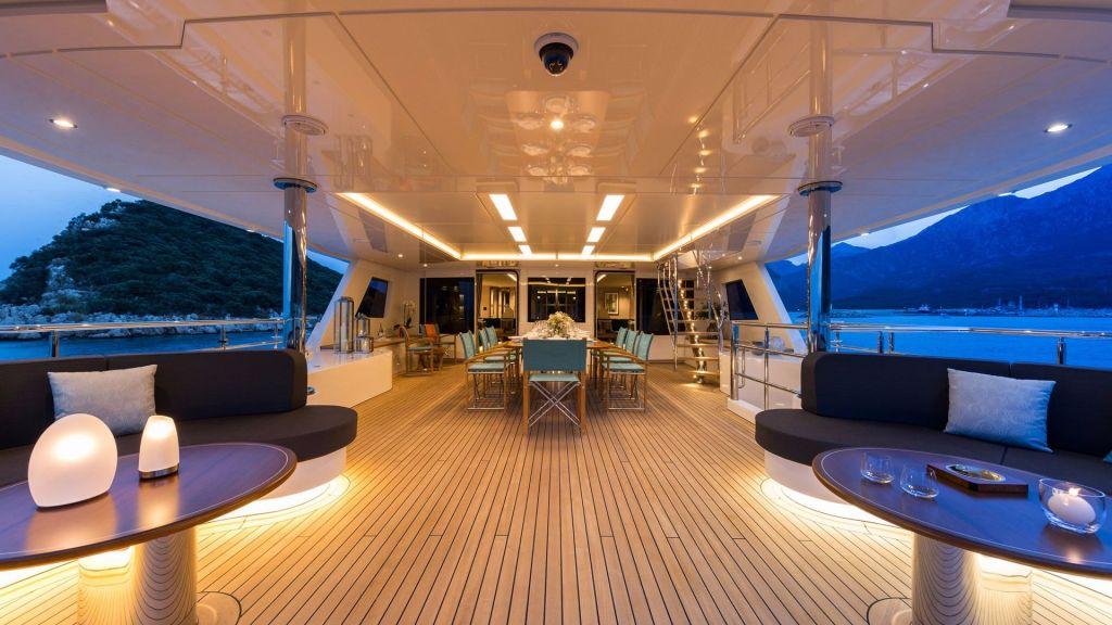 La Passion Motor Yacht (3)