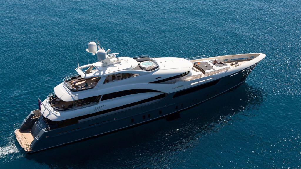 La Passion Motor Yacht (4)