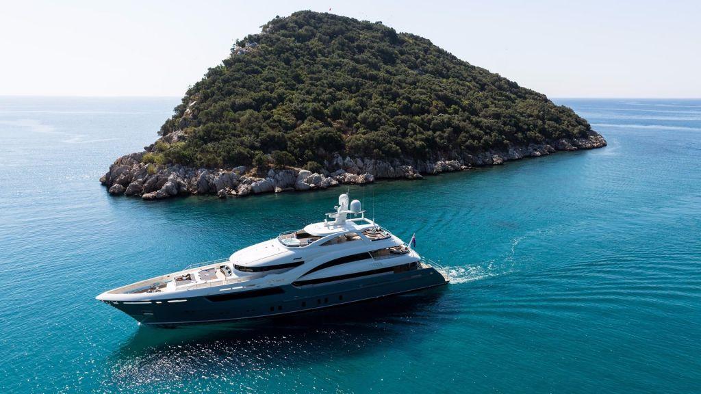 La Passion Motor Yacht (5)