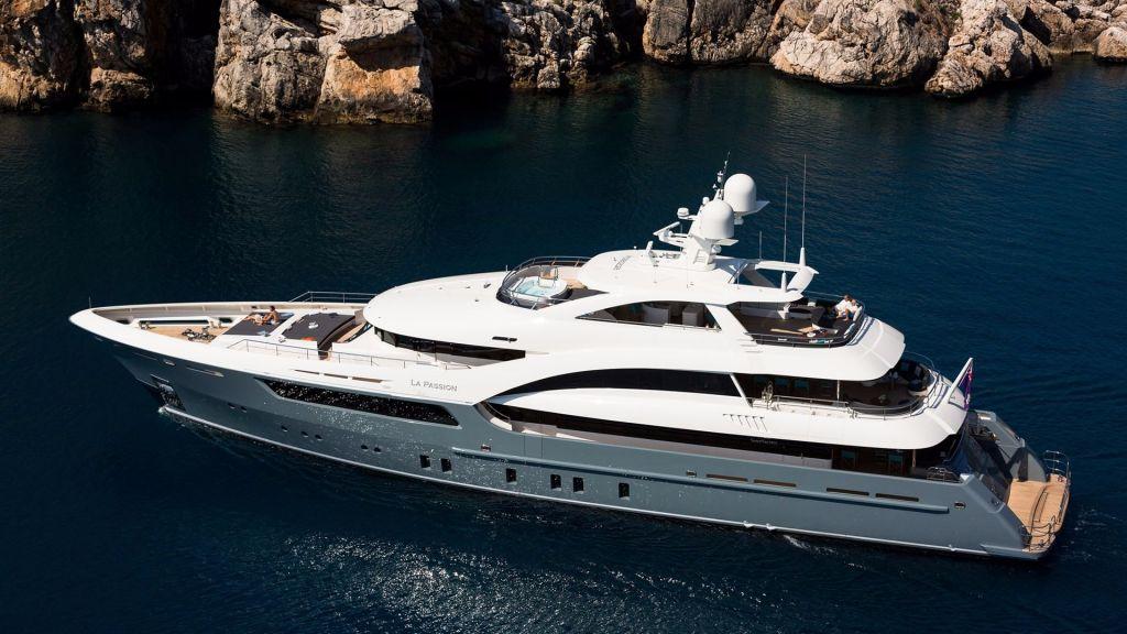 La Passion Motor Yacht (8)