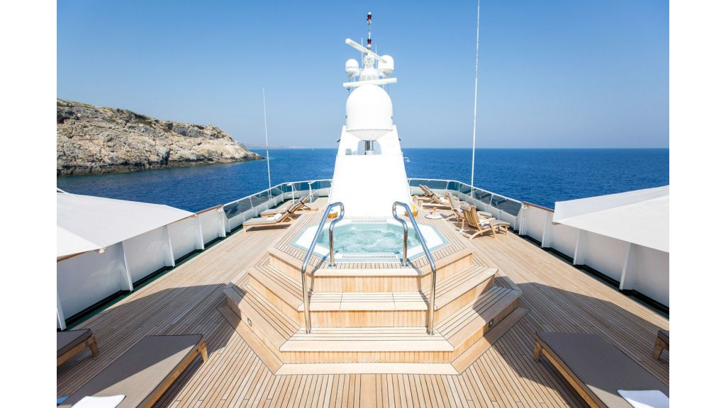 Yacht ESMERALDA presented by YPI