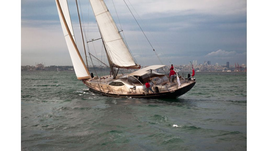 Performance Sailing Yacht (6)