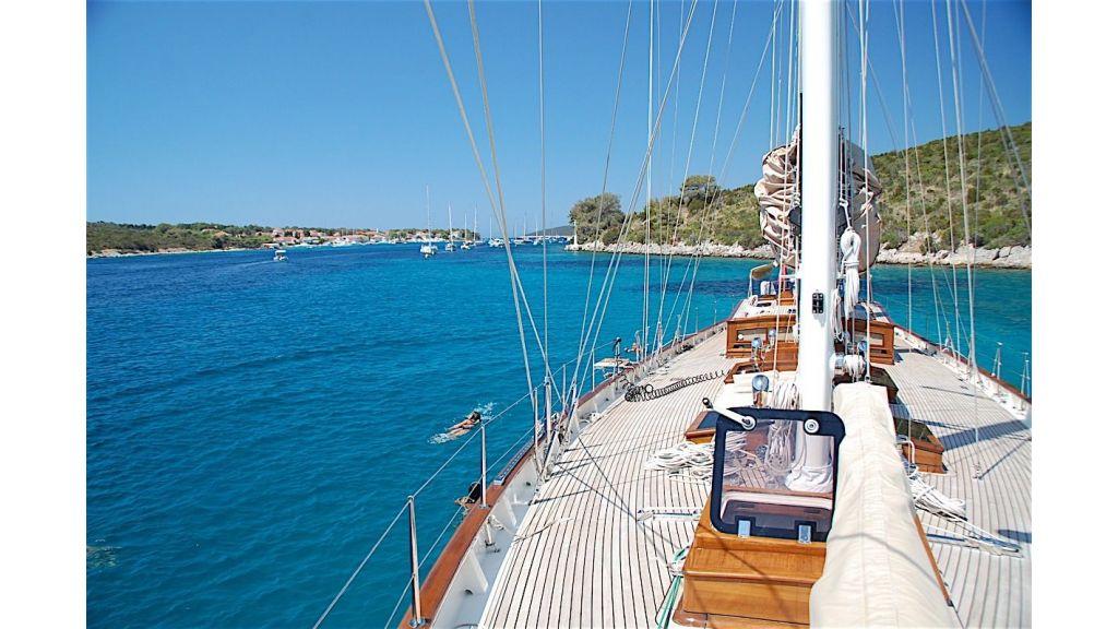 Shindela Sailing Yacht (13)