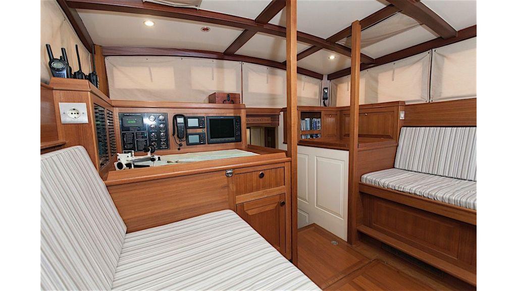 Shindela Sailing Yacht (18)