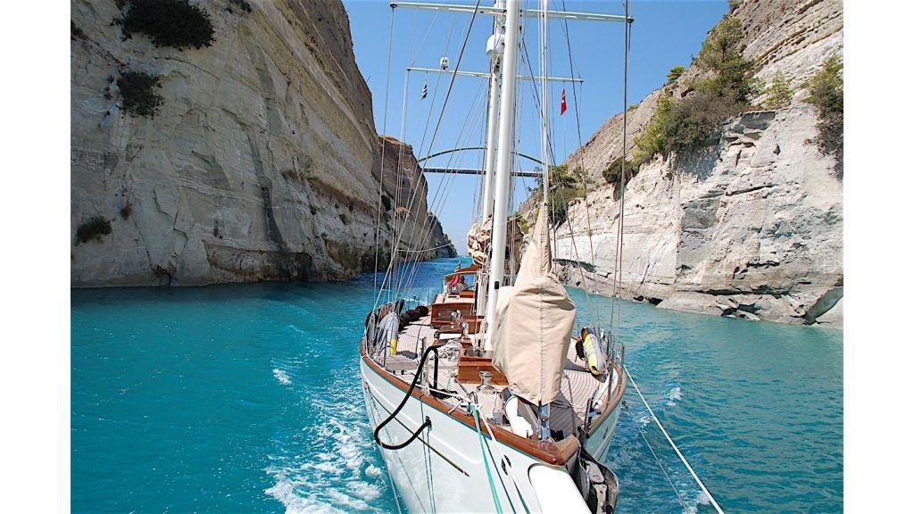 Shindela Sailing Yacht (9)