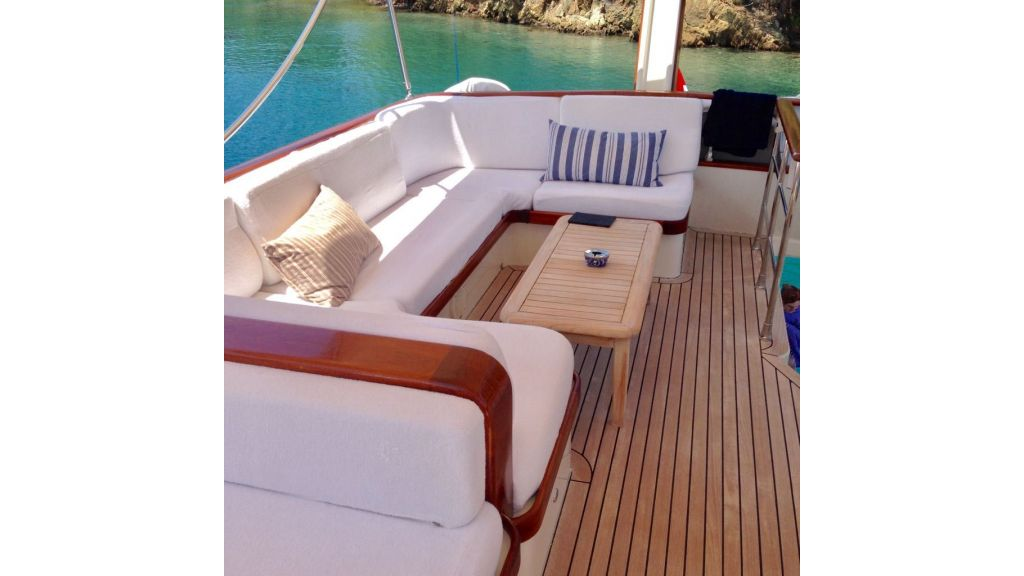Trawler for sale (5)
