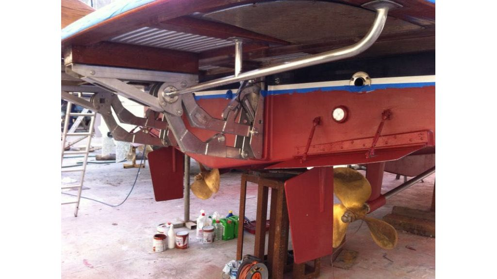 Trawler for sale (8)