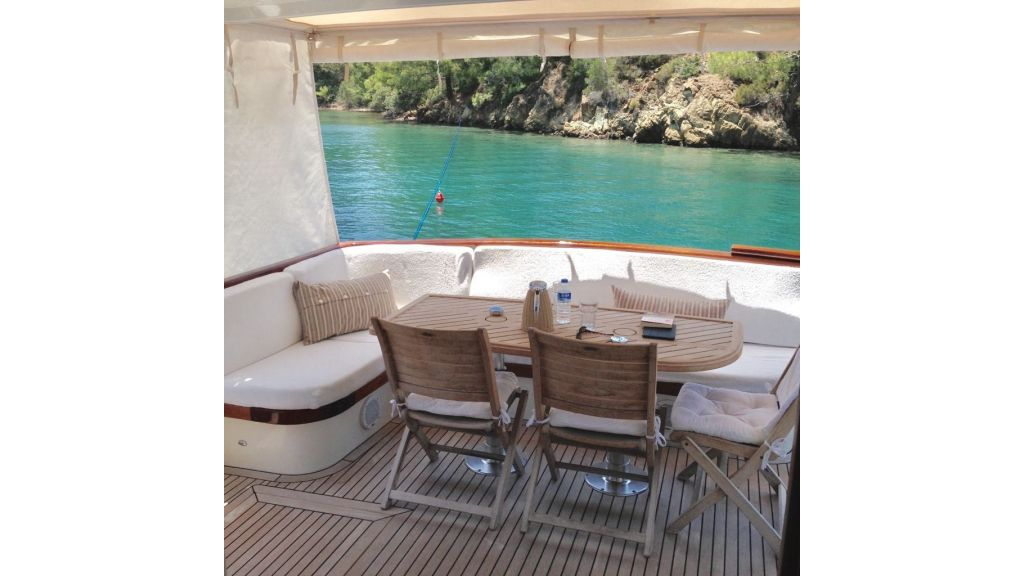 Trawler for sale (9)