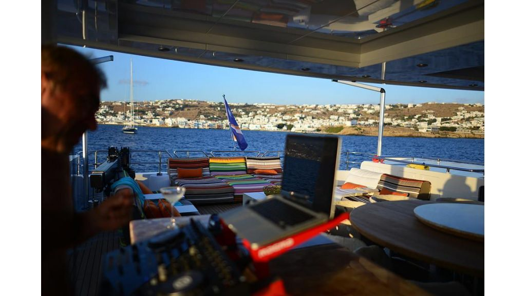 38m Motor Yacht (12)