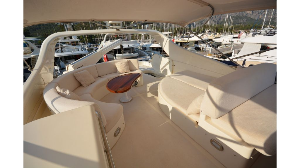 Astondoa 72 For Sale (1)