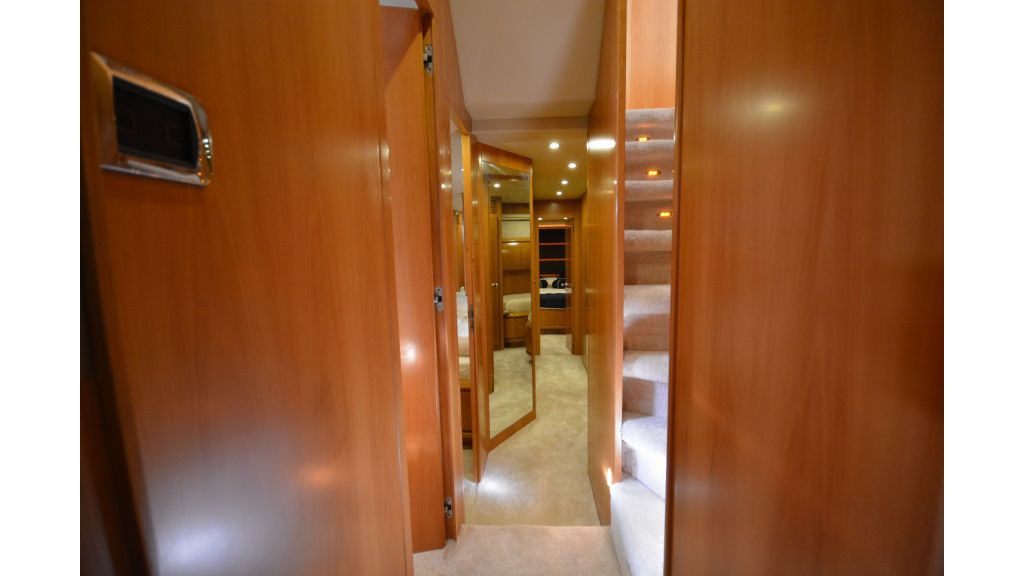 Astondoa 72 For Sale (12)