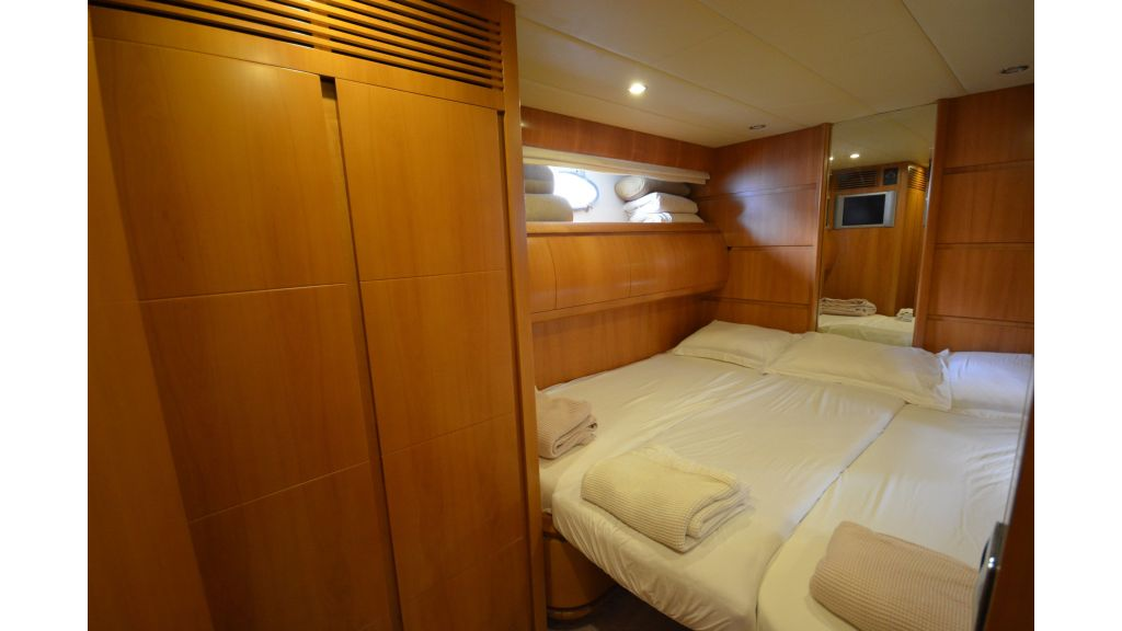 Astondoa 72 For Sale (16)