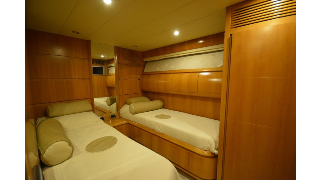Astondoa 72 For Sale (17)