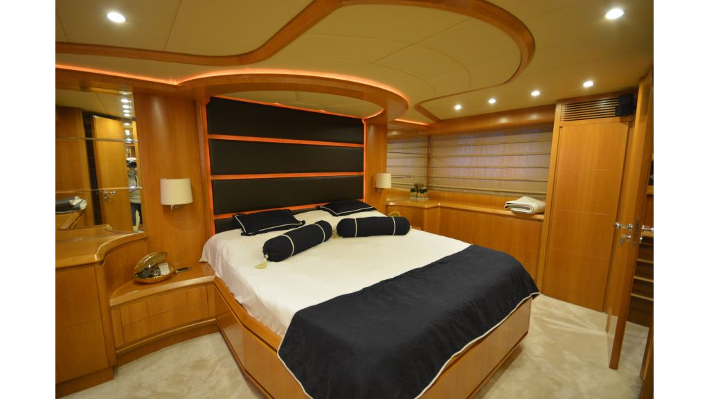 Astondoa 72 For Sale (21)