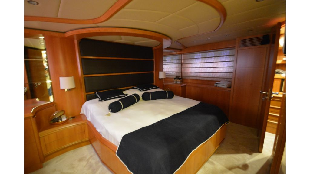Astondoa 72 For Sale (22)