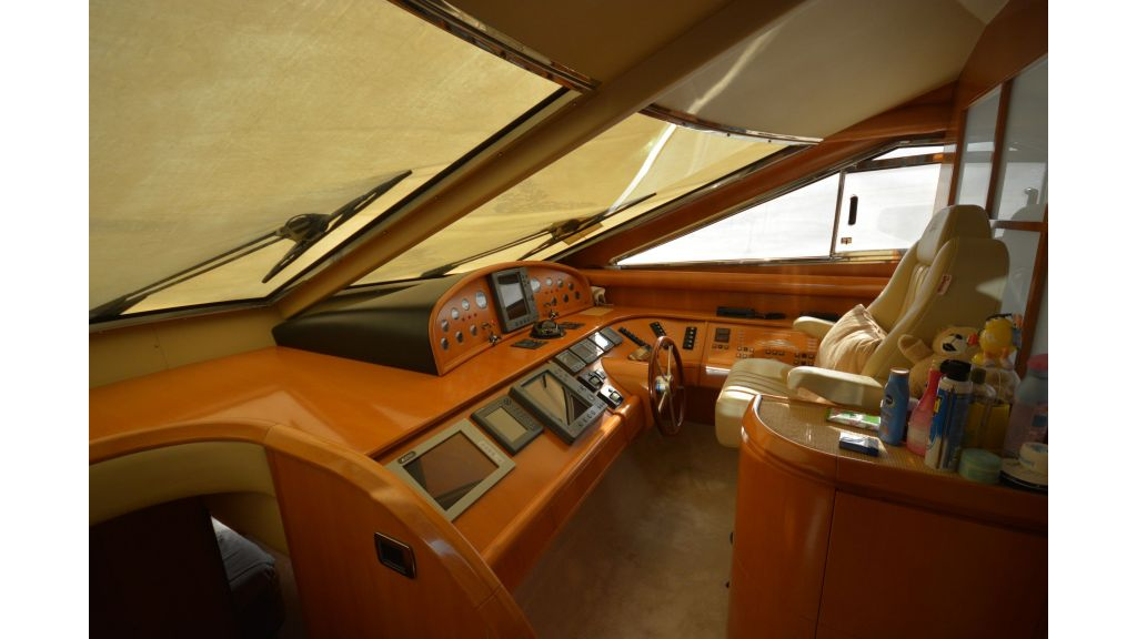 Astondoa 72 For Sale (4)