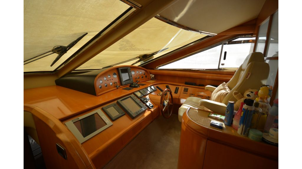 Astondoa 72 For Sale (5)