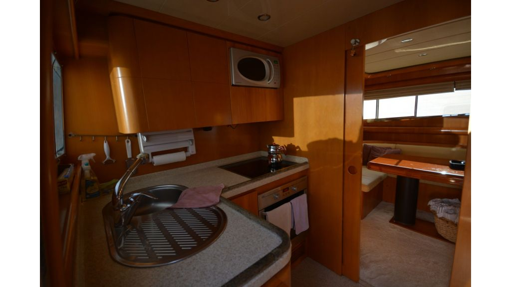 Astondoa 72 For Sale (52)