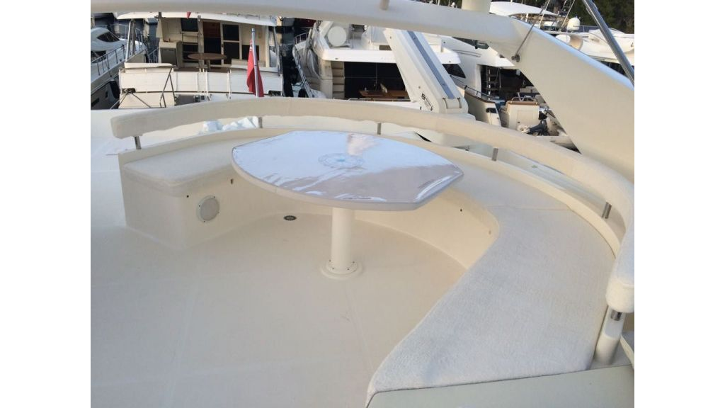 Ferretti-760 motoryacht (31)