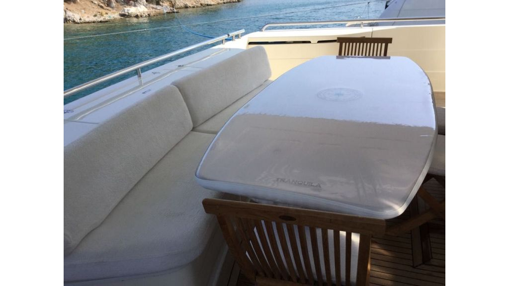 Ferretti-760 motoryacht (36)
