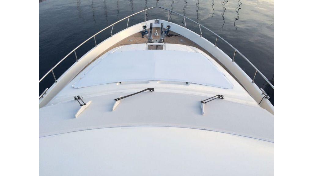 Ferretti-760 motoryacht (4)