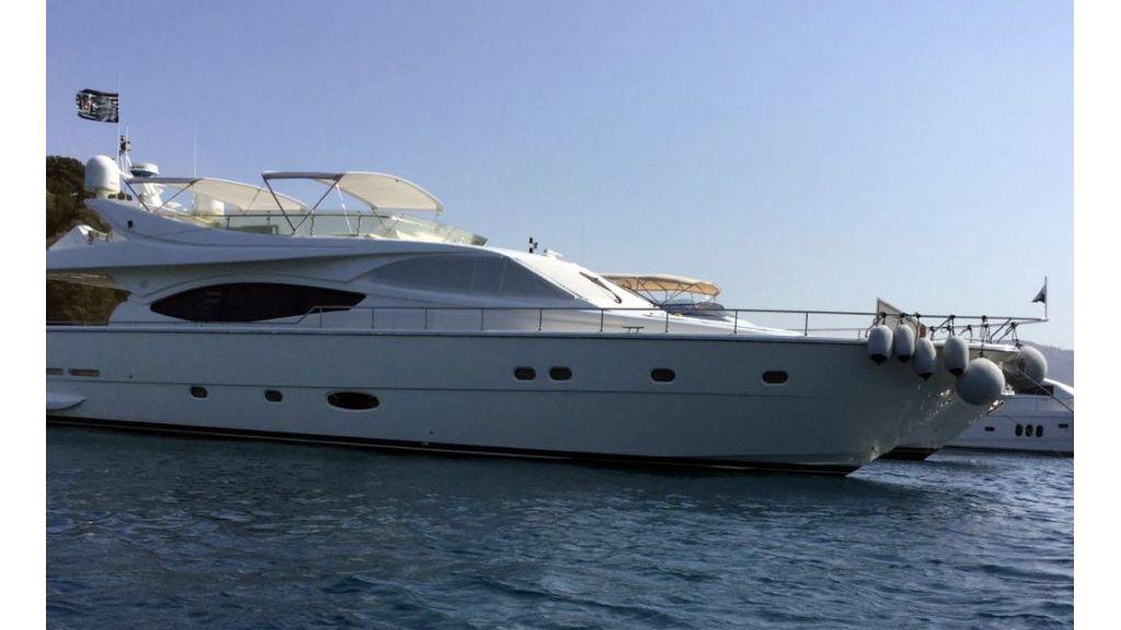 Ferretti-760 motoryacht (41)