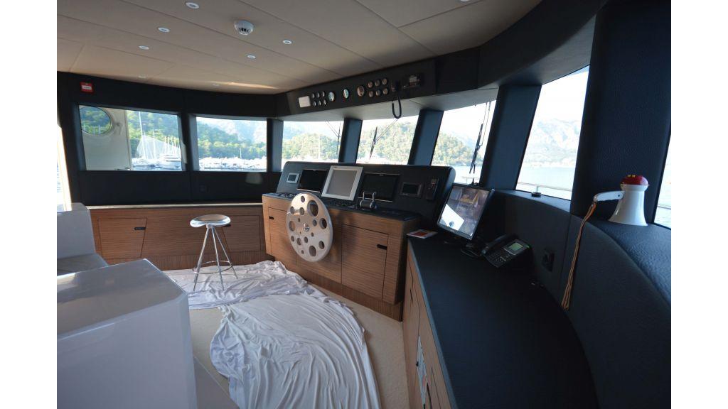 Long Range Trawler (47)