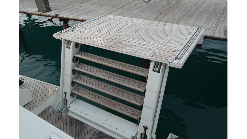 Long Range Trawler (5)