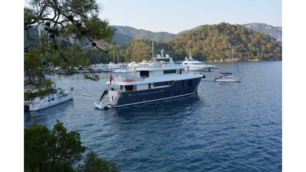 Long Range Trawler (88)-master