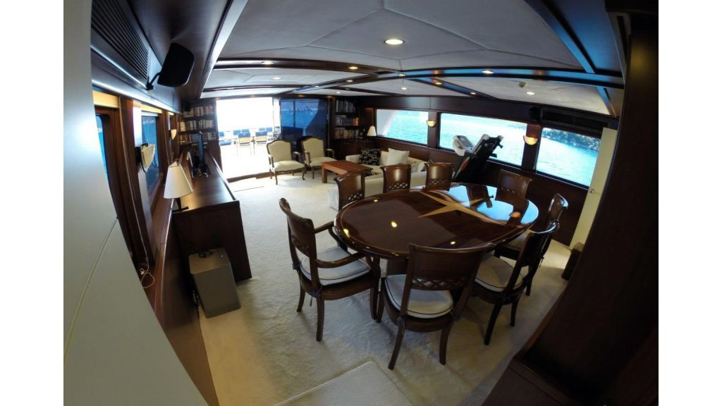 Custom Built Motoryacht (23)
