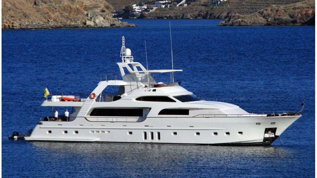 Custom Built Motoryacht (9)