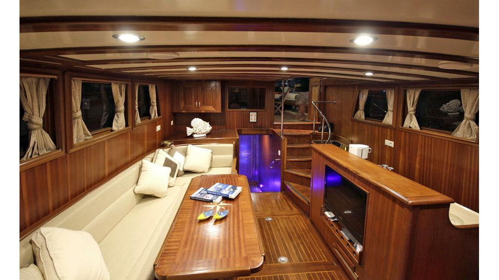 Five Cabins Transom Gulet (34)