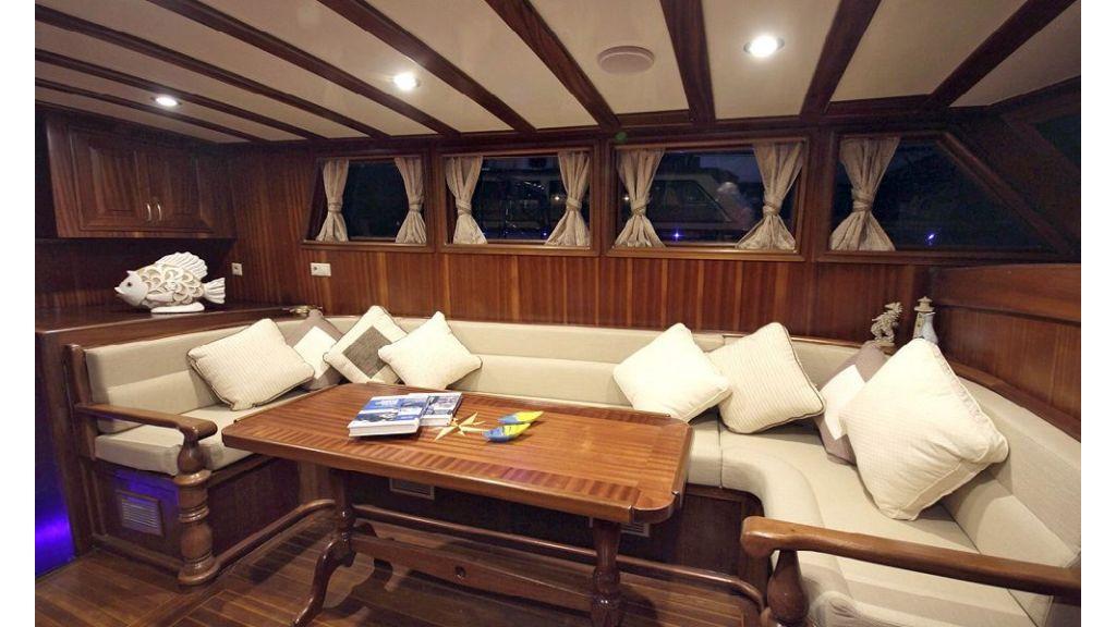 Five Cabins Transom Gulet