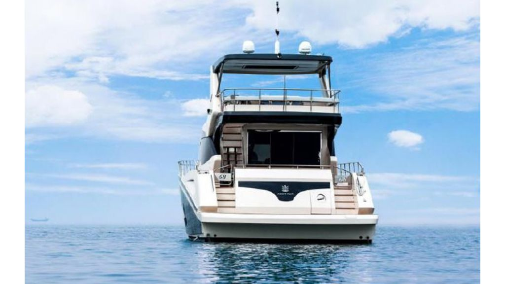 Sea Stella Motoryacht For Charter (2)