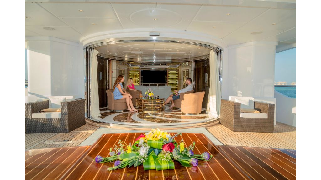 Motor Yacht Sensation Outer (13)