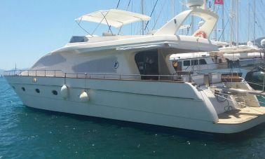 Custom Line Fiberglass GRP Motoryacht (1) - master