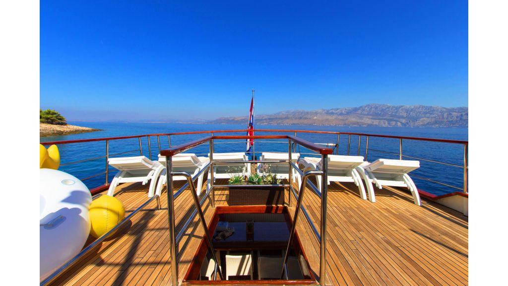 Korab Motoryacht Charter Croatia (11)